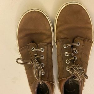 Sperry active shoes
